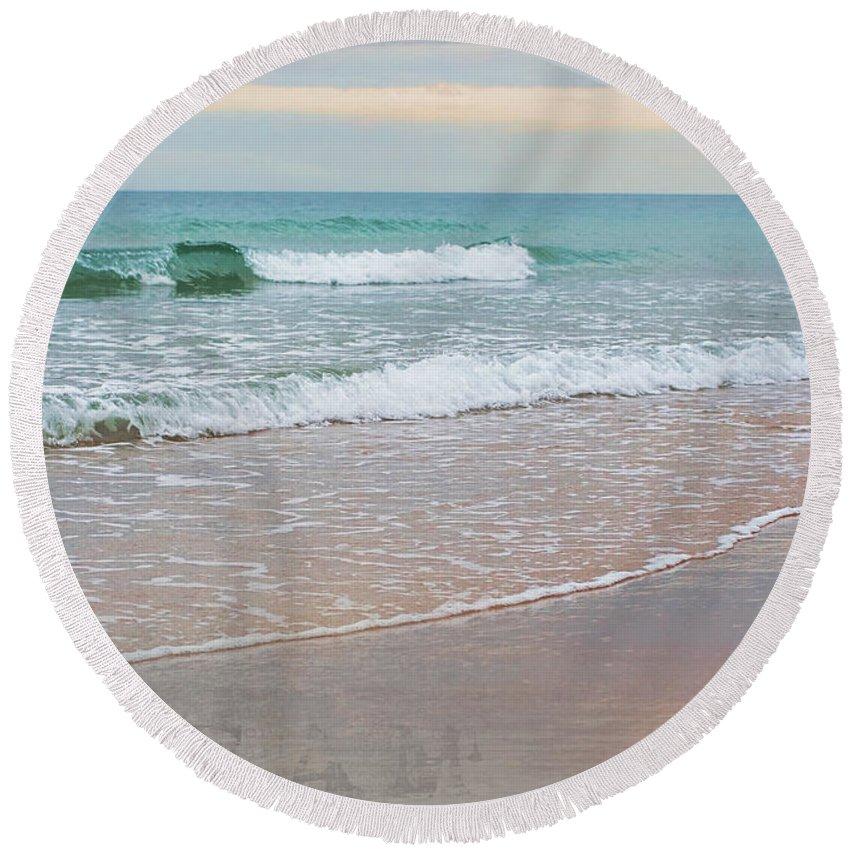 Beach Round Beach Towel featuring the photograph Dreamscape by Barbara McMahon