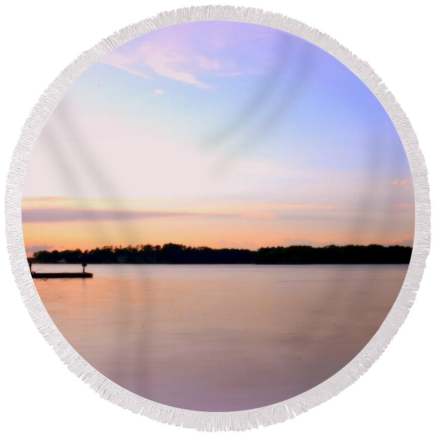 Sunset Round Beach Towel featuring the photograph Dreamy Sunset by Lisa Wooten
