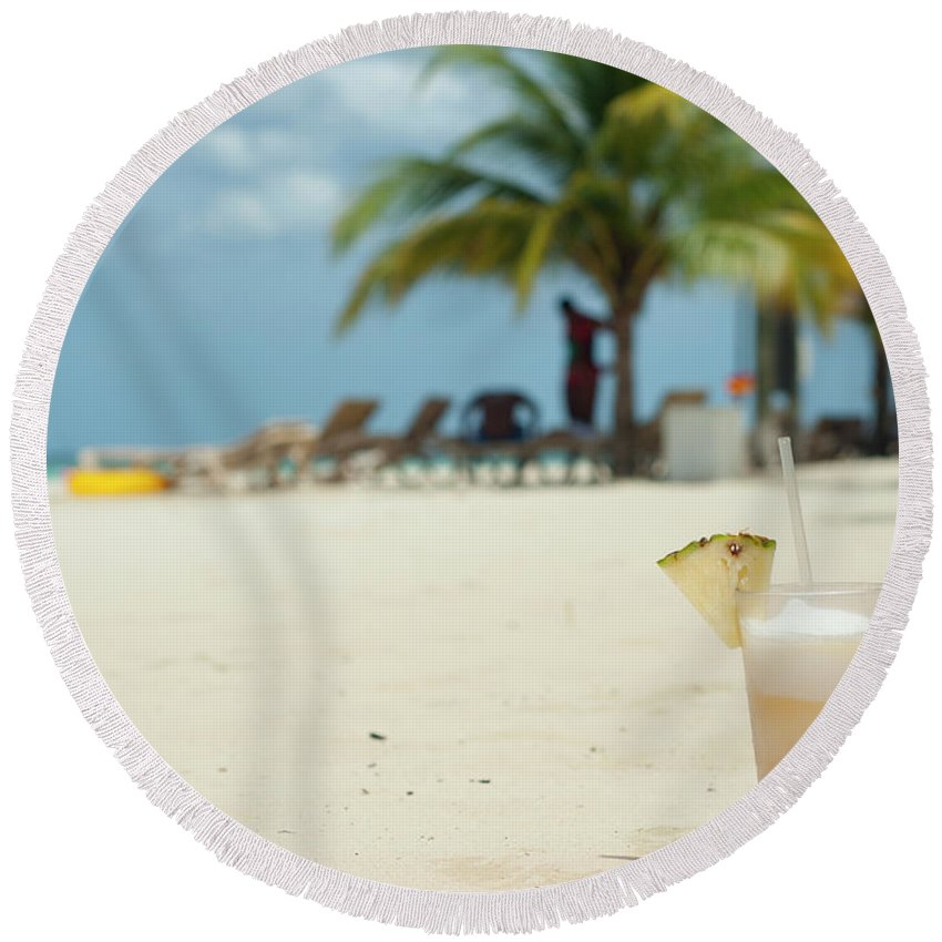 Beachscape Round Beach Towel featuring the photograph Drink In The Sand by Dennis Ludlow