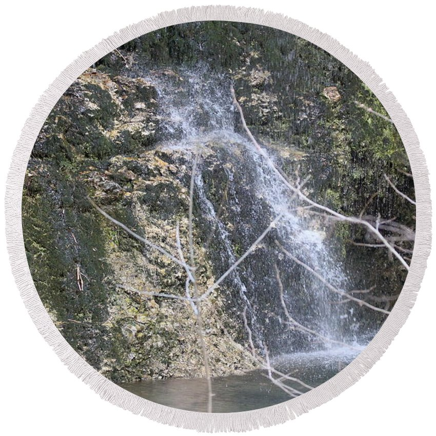 Waterfall Round Beach Towel featuring the photograph Droplets by Emily Spivy