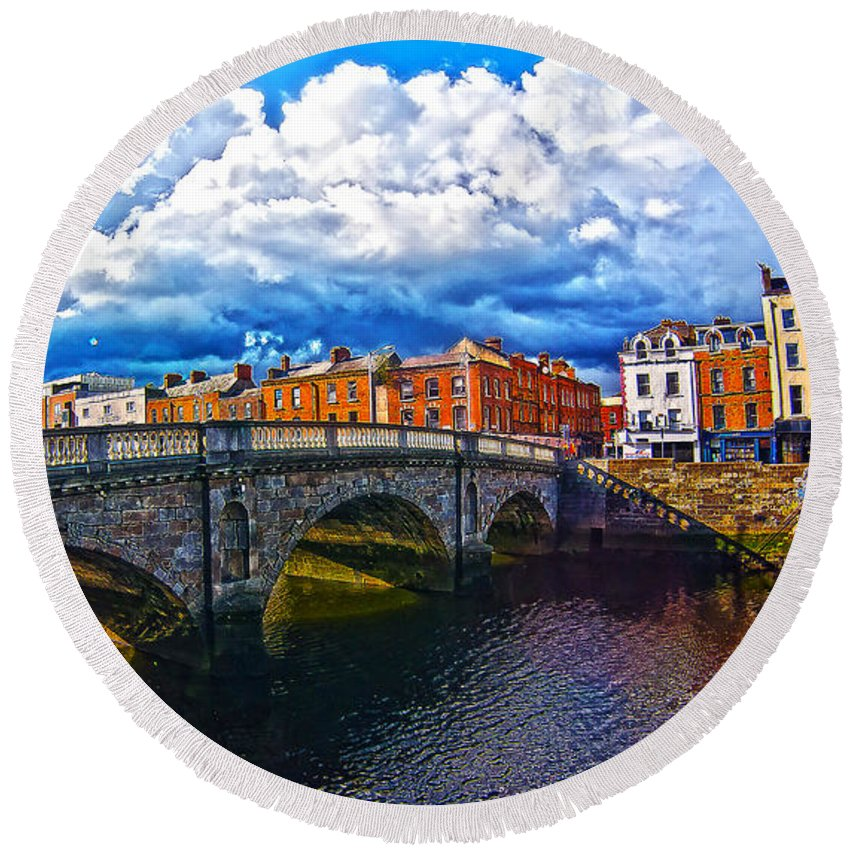 The Four Courts In Reconstruction Round Beach Towel featuring the photograph Dublin's Fairytales Around Grattan Bridge 2 by Alex Art and Photo
