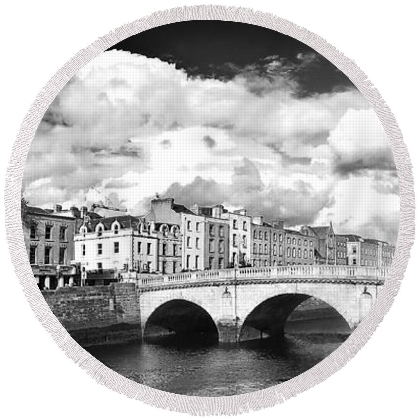 The Four Courts In Reconstruction Round Beach Towel featuring the photograph Dublin's Fairytales Around River Liffey 3 Bw by Alex Art and Photo