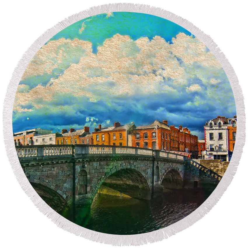The Four Courts In Reconstruction Round Beach Towel featuring the photograph Dublin's Fairytales Around River Liffey V4 by Alex Art and Photo