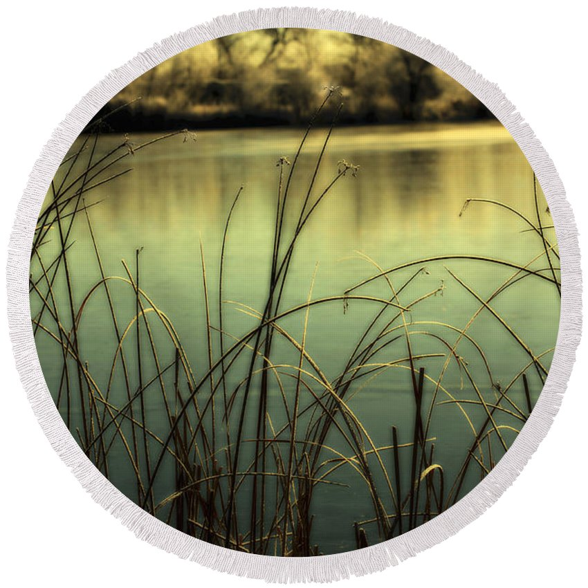 Hoar Frost Round Beach Towel featuring the photograph Early Morning Duck Hunting by Marilyn Hunt