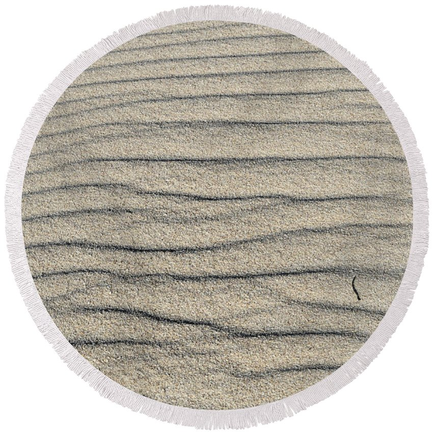 Sea Round Beach Towel featuring the photograph Dune Textures by Angelo DeVal