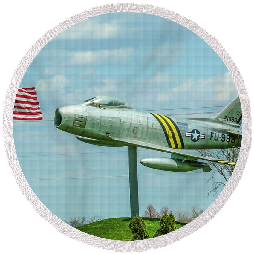 Aviation Round Beach Towel featuring the photograph Eaa F-86 Sabre by Tommy Anderson