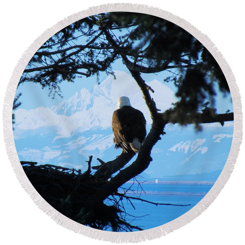 Eagle Round Beach Towel featuring the photograph Eagle - Mt Baker - Eagles Nest by Marie Jamieson