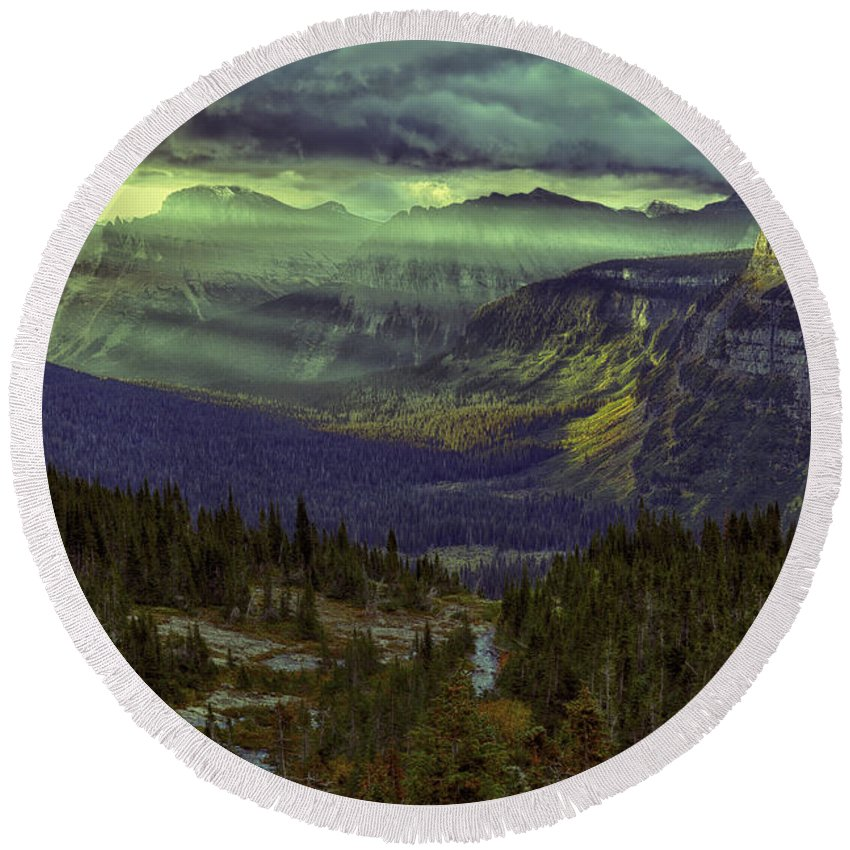 Wyoming Round Beach Towel featuring the photograph Early In The Morning by Michael J Samuels