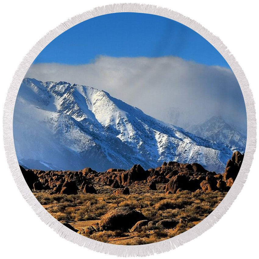 Landscape Round Beach Towel featuring the photograph Eastern Sierras At Alabama Hills by Duane Middlebusher