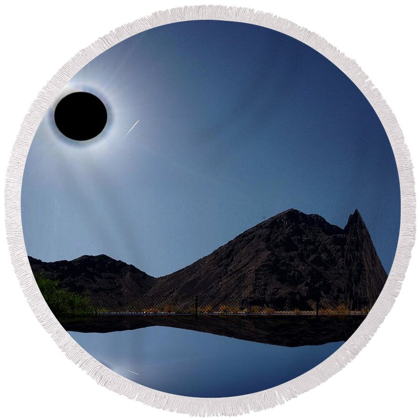 Eclipse Round Beach Towel featuring the photograph Eclips Of A Kind by Larry Black