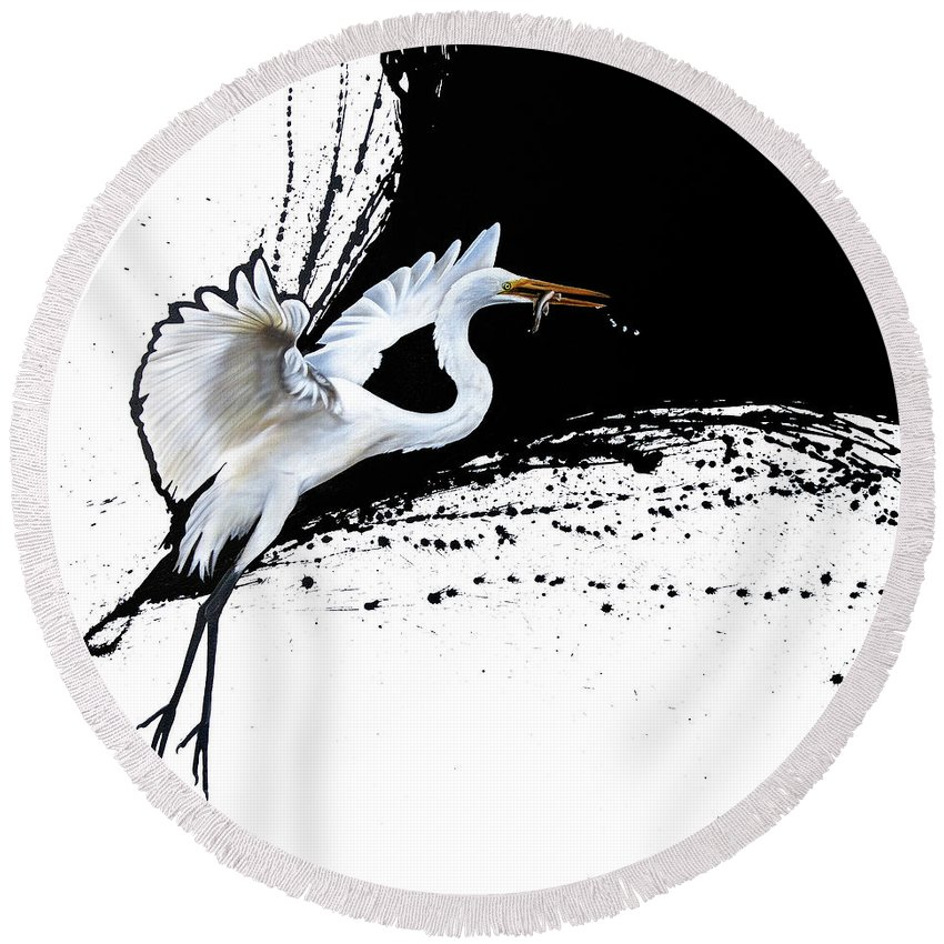 Egret Round Beach Towel featuring the painting Egret 2 by Sandi Baker