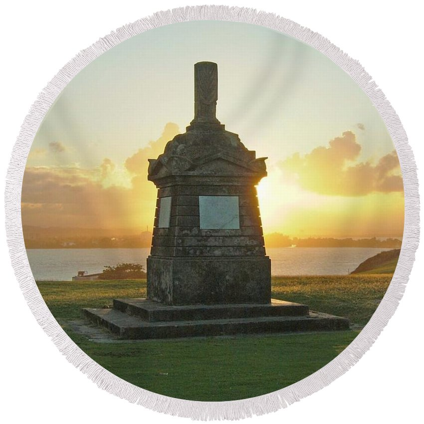 Sunset Round Beach Towel featuring the photograph El Morro San Juan Puerto Rico by Gary Wonning