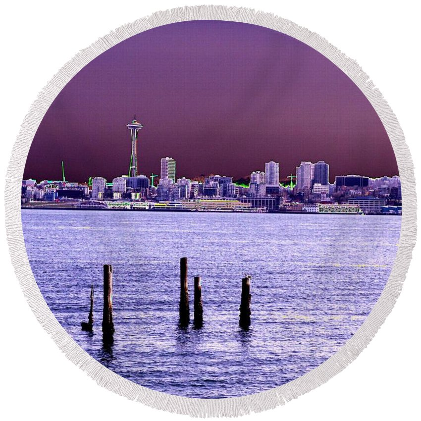 Seattle Round Beach Towel featuring the photograph Emerald City Skyline by Tim Allen