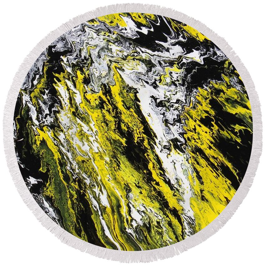 Abstract Round Beach Towel featuring the painting Emphasis by Ralph White