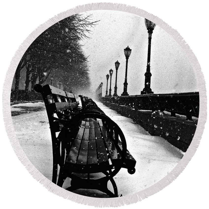 Battery Park City Round Beach Towel featuring the photograph Empty Benches In The Snow by Debra Banks