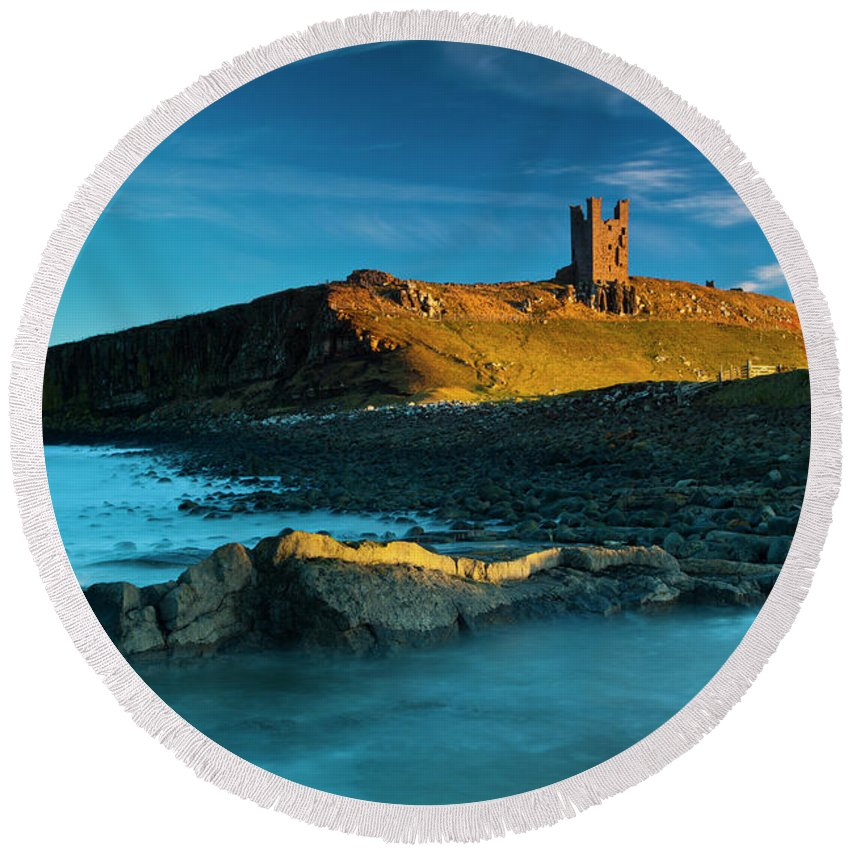 Round Beach Towel featuring the photograph England, Northumberland, Dunstanburgh Castle by Jason Friend