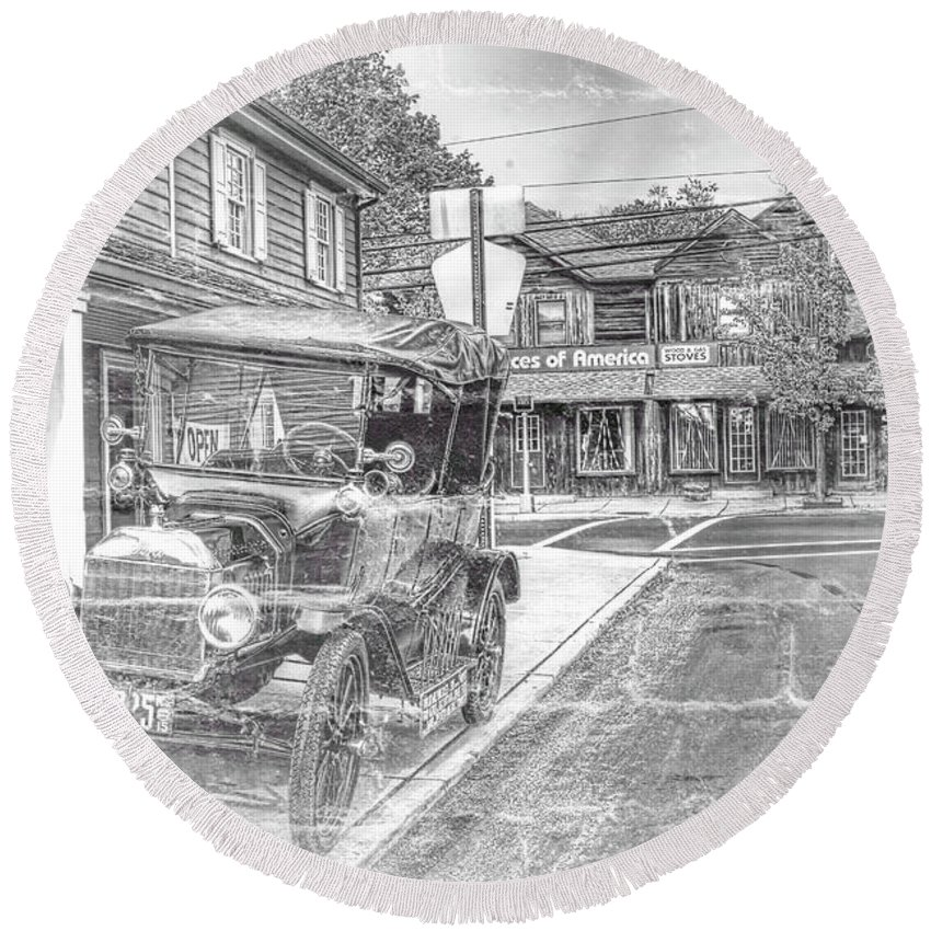 Recent Round Beach Towel featuring the photograph Englishtown New Jersey Classic Car by Geraldine Scull