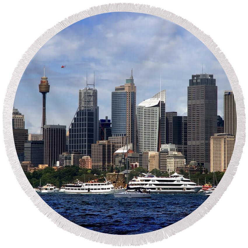 Sydney Round Beach Towel featuring the photograph Enjoying Australian Day On The Water by Miroslava Jurcik