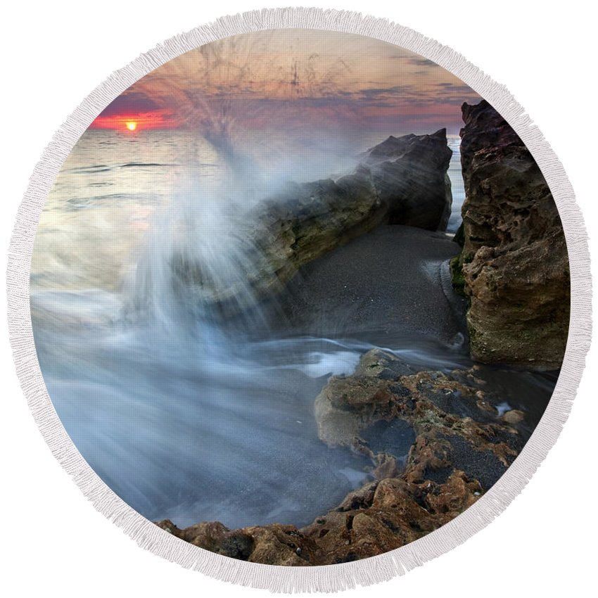 Blowing Rocks Round Beach Towel featuring the photograph Eruption At Dawn by Mike Dawson