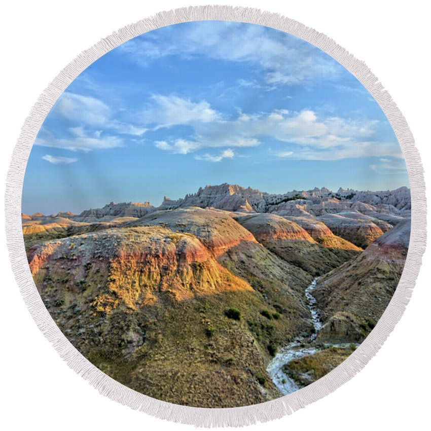 Badlands Round Beach Towel featuring the photograph Evening At Yellow Mounds 2 by Bonfire Photography