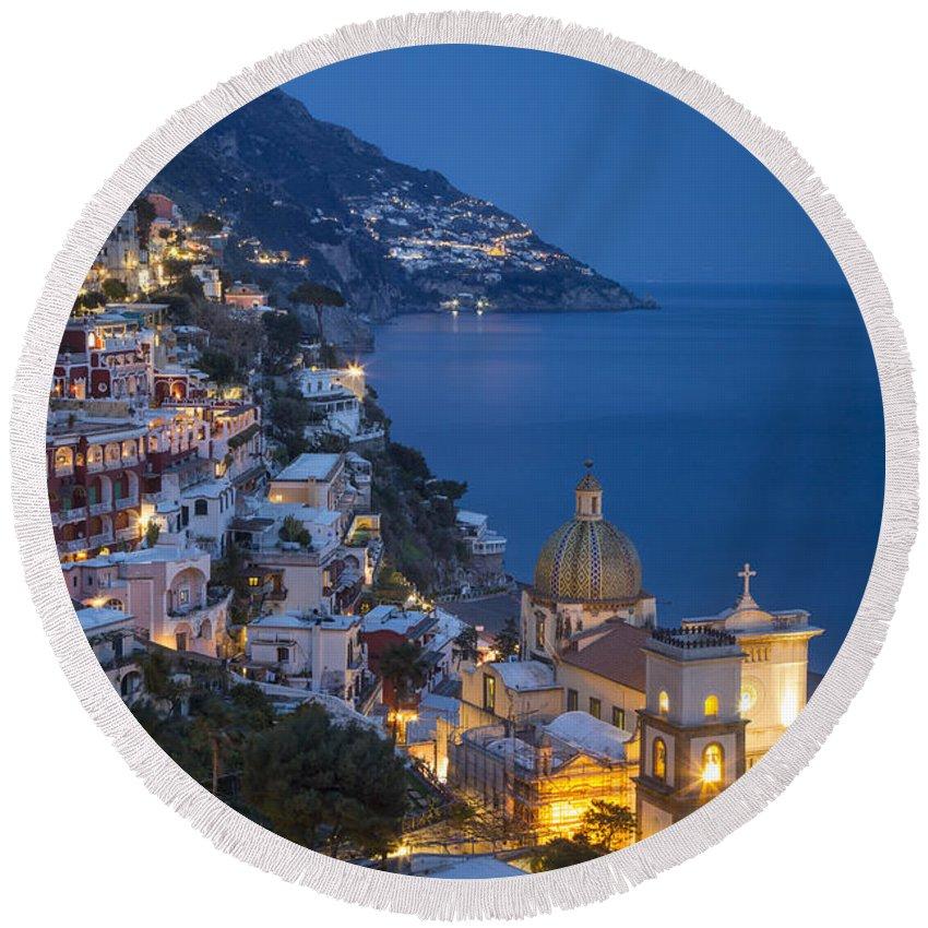 Amalfi Coast Round Beach Towel featuring the photograph Evening Over Positano by Brian Jannsen