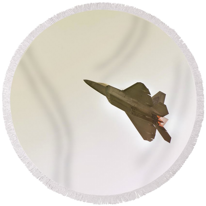 Airplane Round Beach Towel featuring the photograph F-22 Raptor by Sebastian Musial