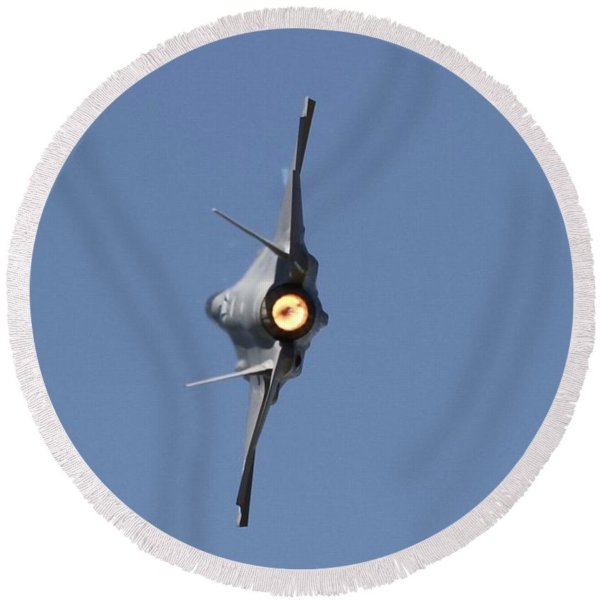 F-35 Round Beach Towel featuring the photograph F-35a by William Gilson
