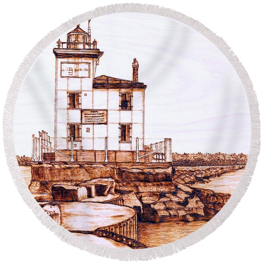 Lighthouse Round Beach Towel featuring the pyrography Fair Port Harbor by Danette Smith