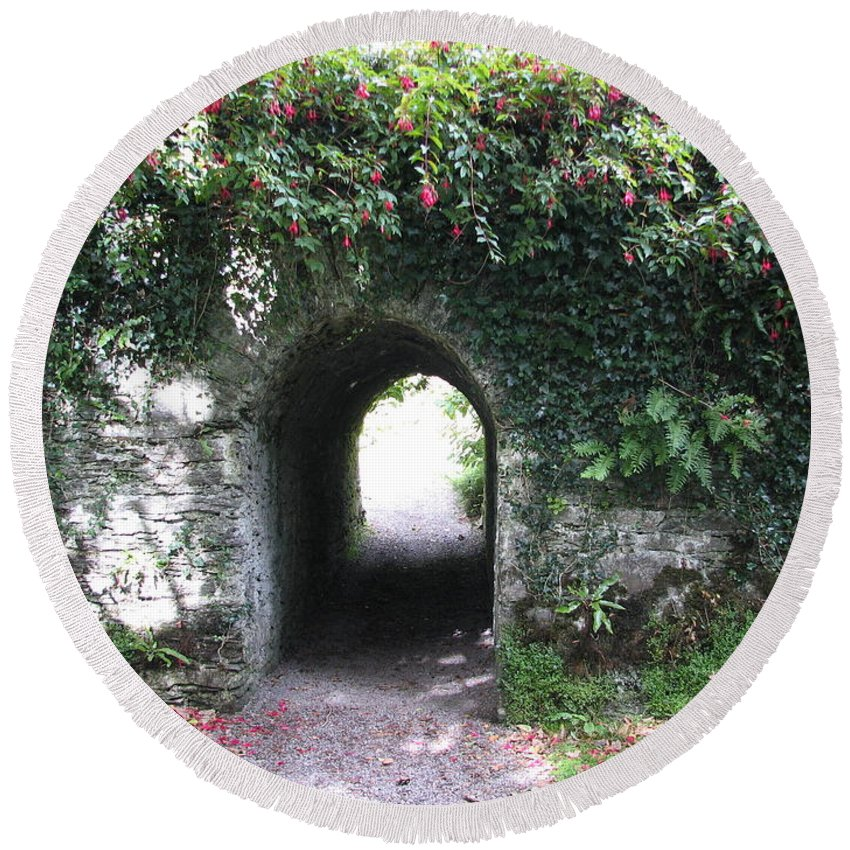 Derrynane Round Beach Towel featuring the photograph Fairy Bridge by Kelly Mezzapelle