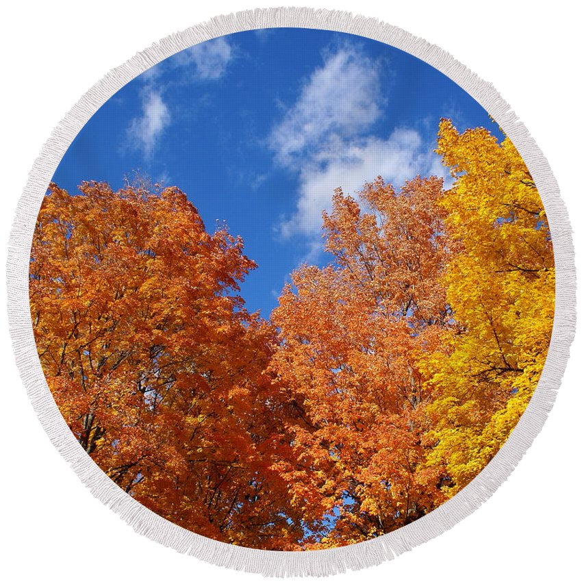 Nature Round Beach Towel featuring the photograph Fall Colors In Spokane by Ben Upham III