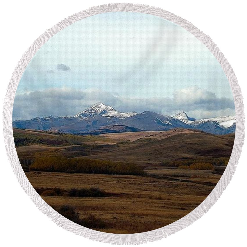 Prairie Round Beach Towel featuring the photograph Fall Hills Rolling Towards The Mountains by Tracey Vivar