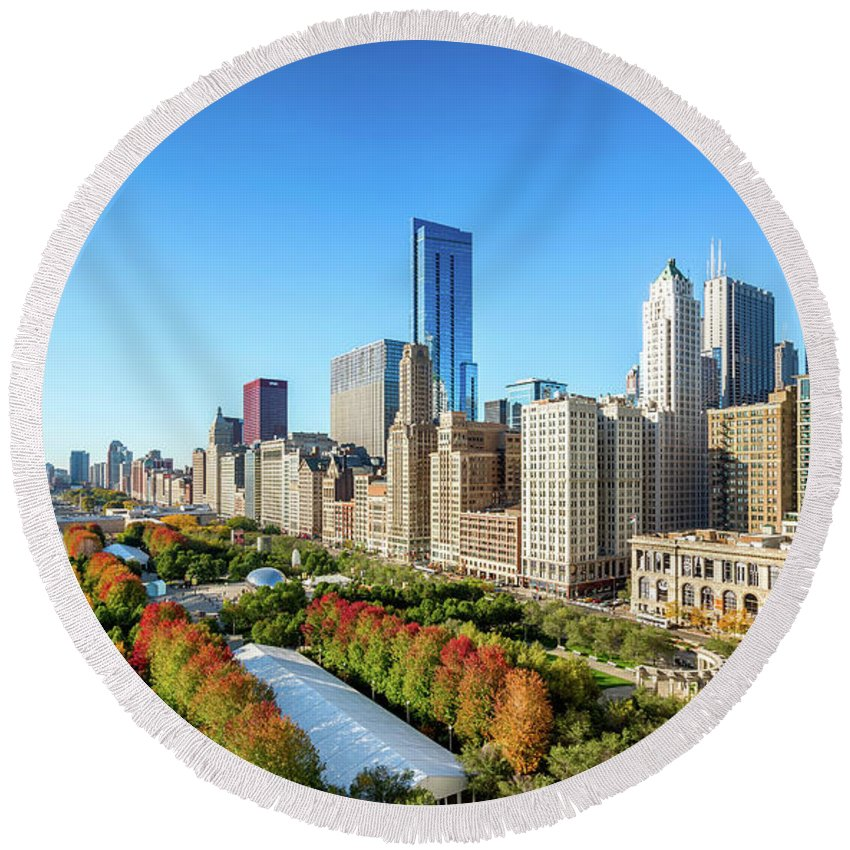 Architecture Round Beach Towel featuring the photograph Fall In Chicago by John Williams