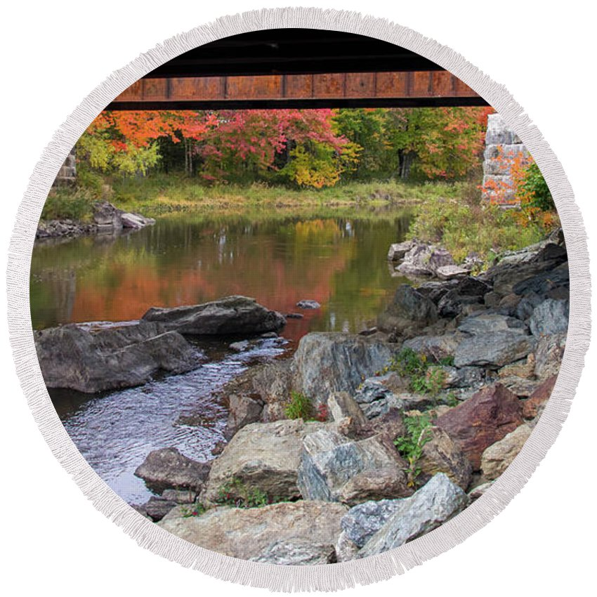Fall Round Beach Towel featuring the photograph Fall In New Enlgand by Trace Kittrell
