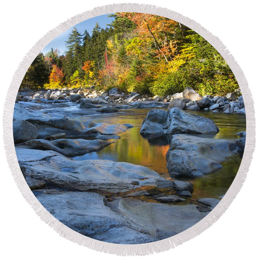 Swift River Round Beach Towel featuring the photograph Fall Morning At Swift River by Darla Bruno