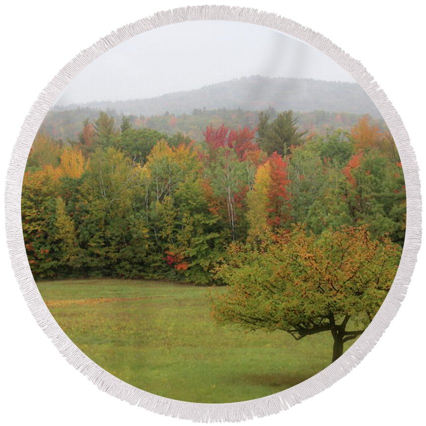 Nh Round Beach Towel featuring the photograph Fall Nh by Jeffery Akerson
