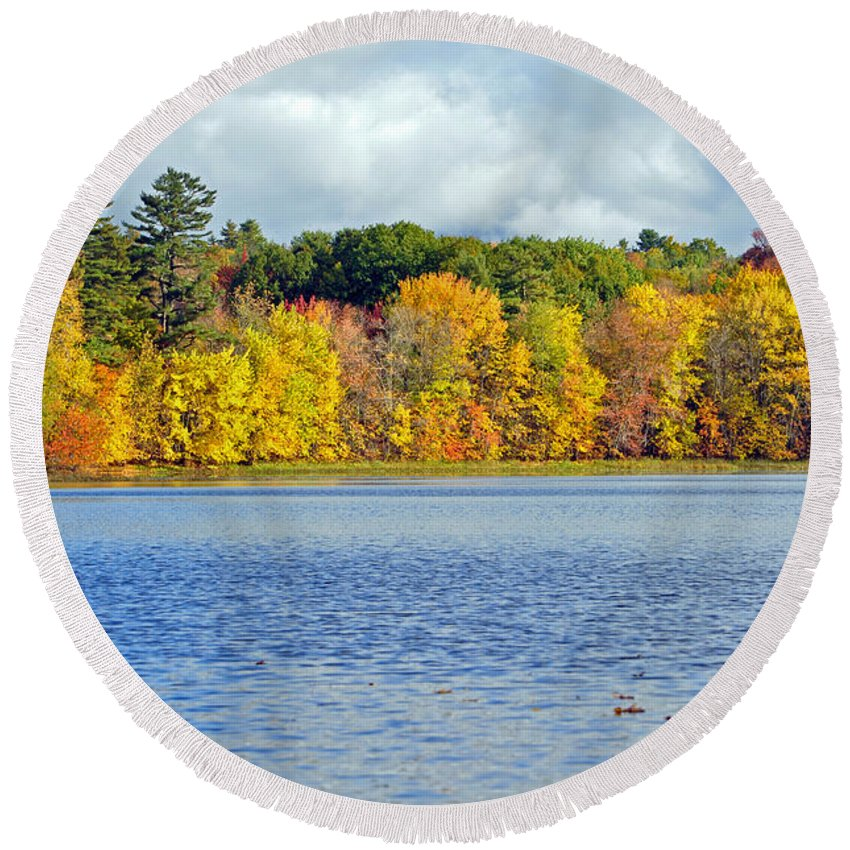 Trees Round Beach Towel featuring the photograph Fall Splendor by Glenn Gordon