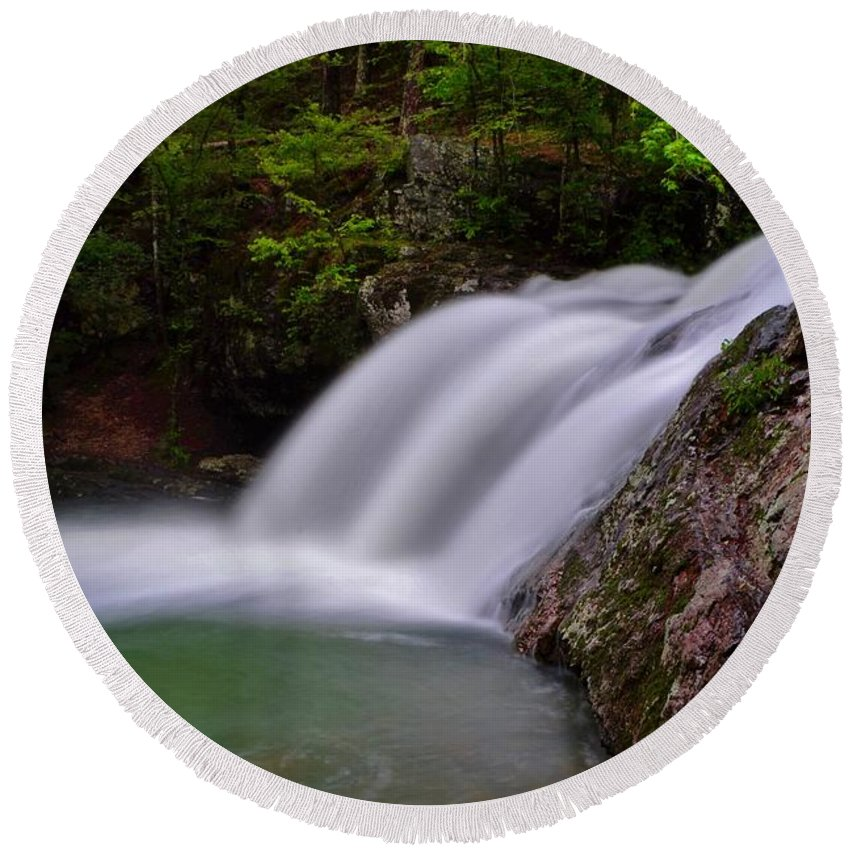 Waterfall Round Beach Towel featuring the photograph Falls Creek Falls by Dennis Nelson