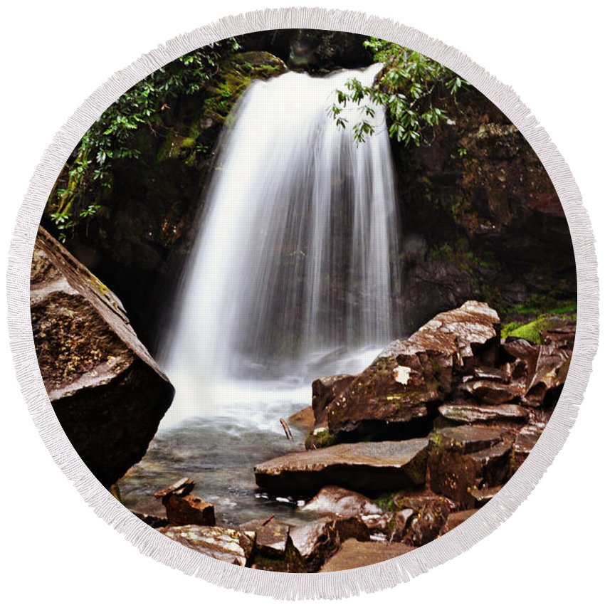 Tennessee Round Beach Towel featuring the photograph Falls of Tennessee by Eric Liller