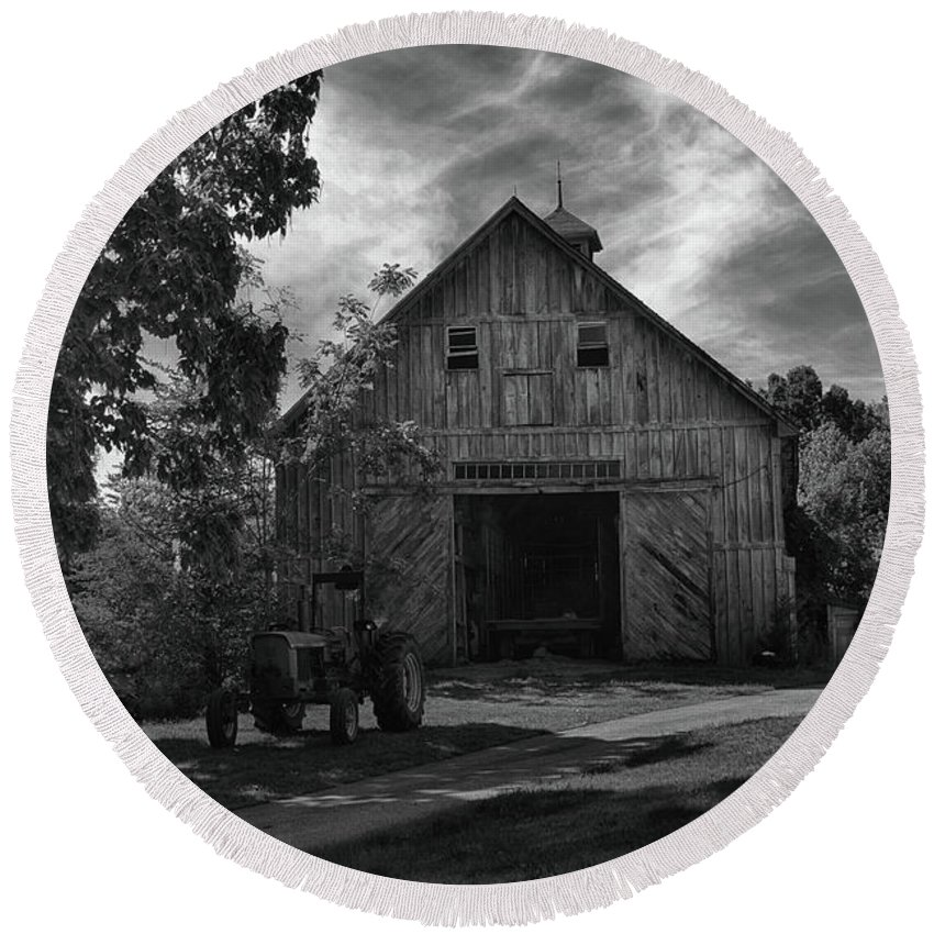 Barn Round Beach Towel featuring the photograph Family Farm by Tricia Marchlik