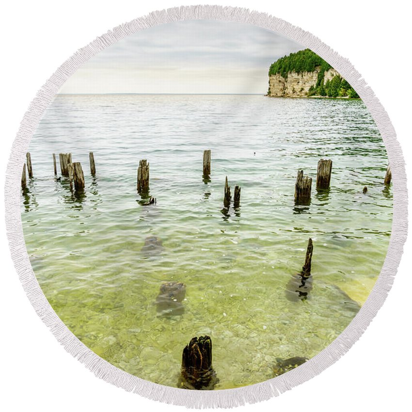 America Round Beach Towel featuring the photograph Fayette State Park Shoreline by Alexey Stiop