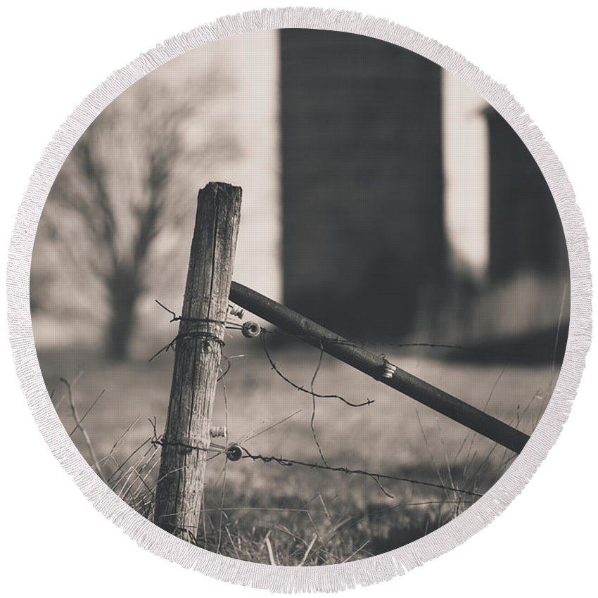 Black And White Round Beach Towel featuring the photograph Fence Post In Black And White by David Jilek