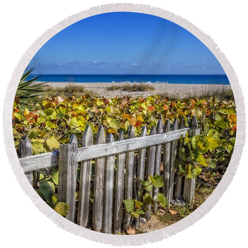 Atlantic Round Beach Towel featuring the photograph Fences On The Dunes by Debra and Dave Vanderlaan