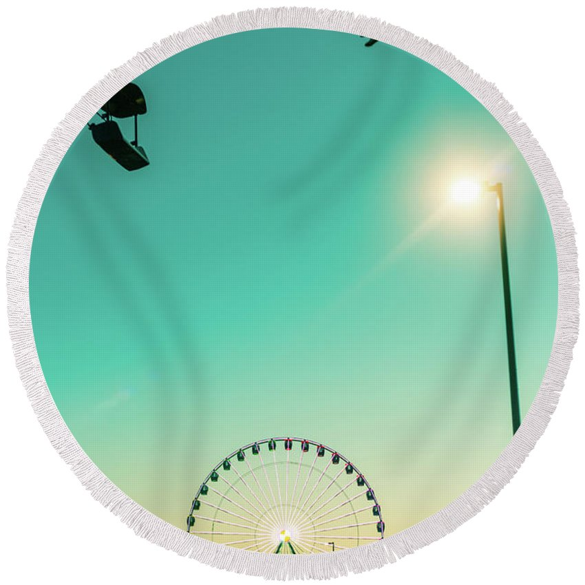 State Fair Round Beach Towel featuring the photograph Ferris Wheel Sunset by Vincent Buckley