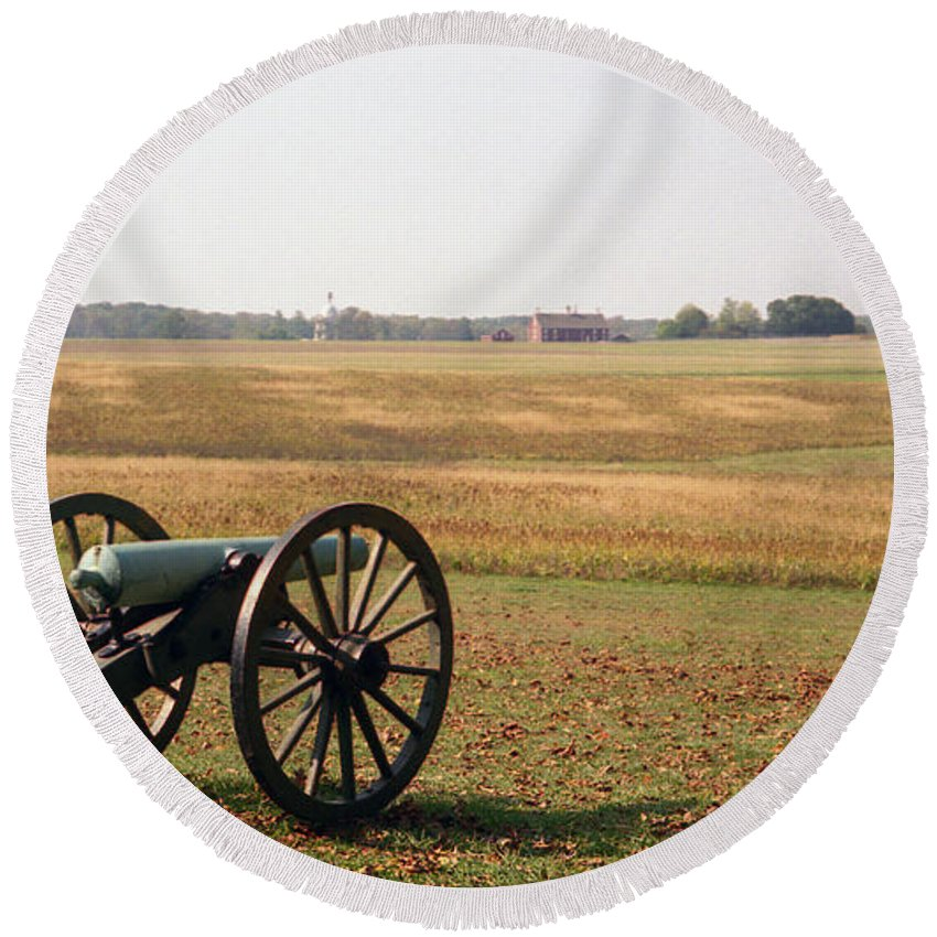 Civil War Round Beach Towel featuring the photograph Fields Of Death by Richard Rizzo