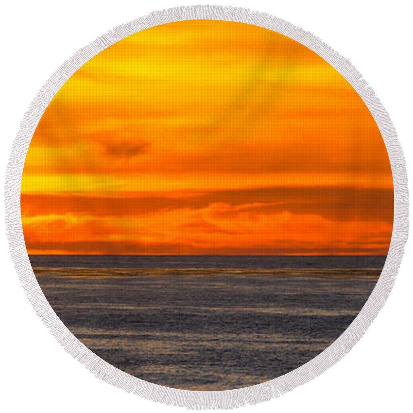 Seascape Round Beach Towel featuring the photograph Lava Sky by Samantha Glaze