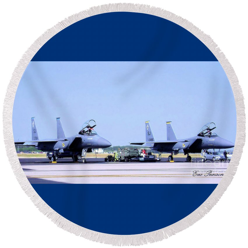 Fighters Round Beach Towel featuring the photograph Fighters by Eric Pearson