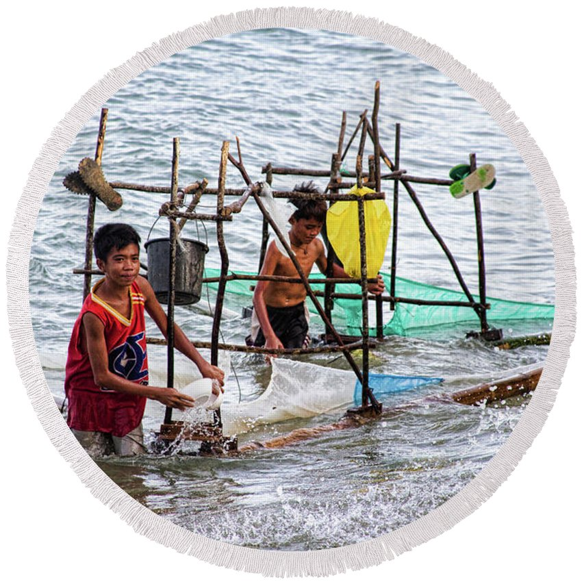 Philippines Round Beach Towel featuring the photograph Filipino Fishing by James BO Insogna