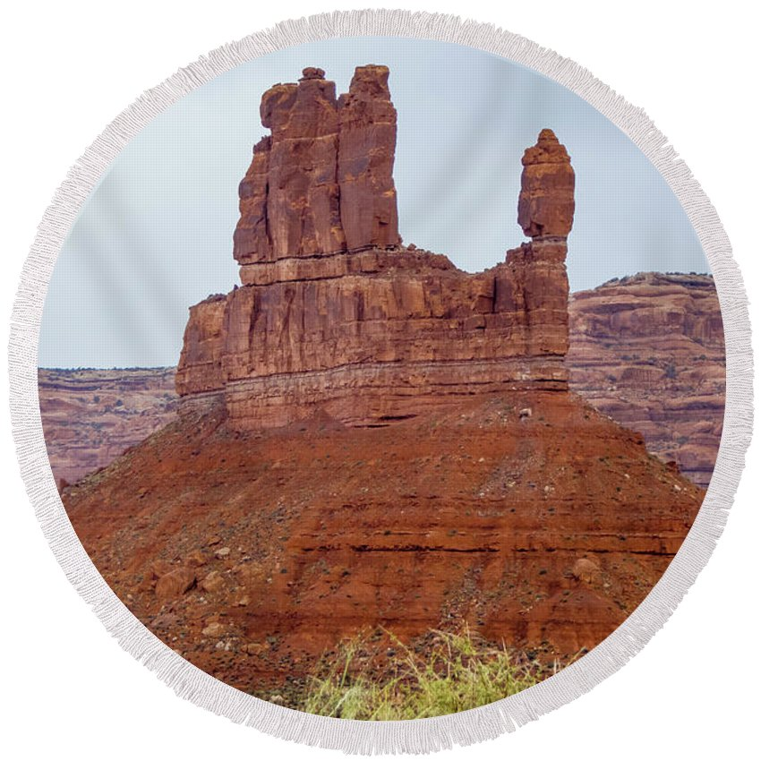 Valley Of The Gods Round Beach Towel featuring the photograph Fingers by Jerry Sellers