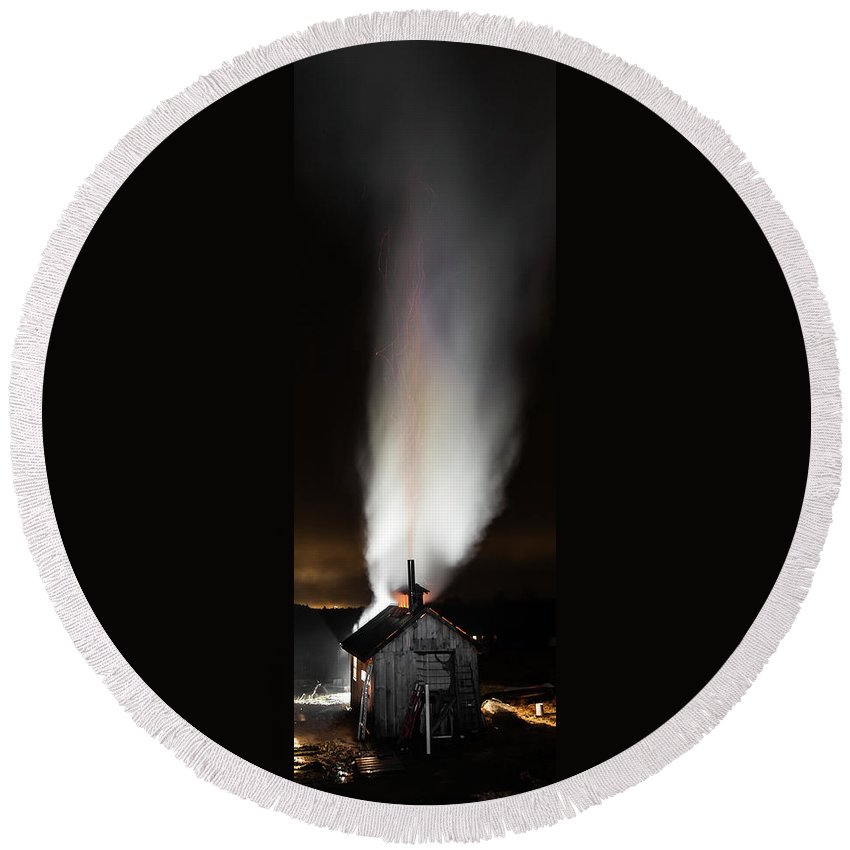 Vermont Round Beach Towel featuring the photograph Fire And Steam by Tim Kirchoff