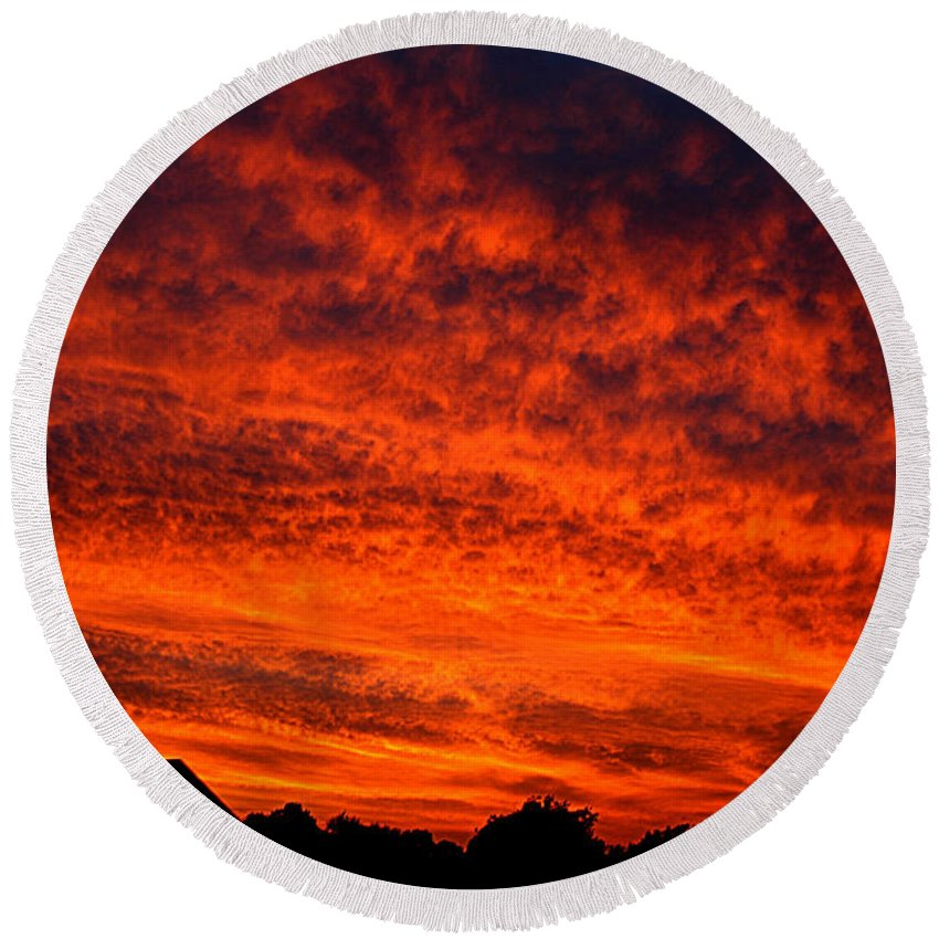 Clay Round Beach Towel featuring the photograph Fire In The Sky by Clayton Bruster